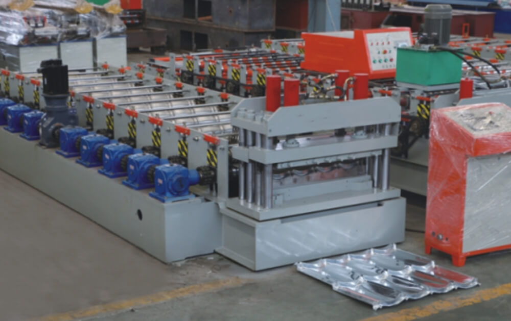 Classic Roof Tile Roll Forming Machine (YX18-200-800)