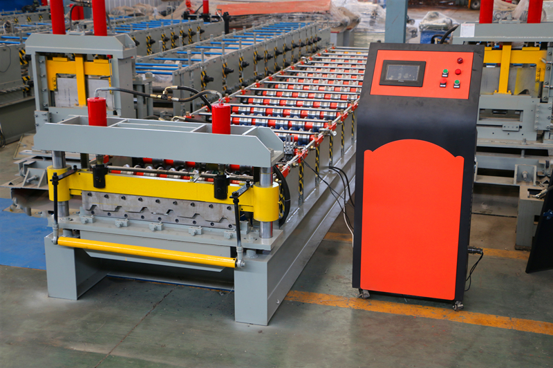 IT5 Trapezoidal Roofing Roll Forming Machine
